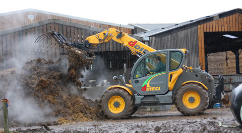 telehandler for farm with grabber
