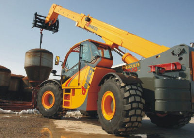 telehandler-with-crane-attachment